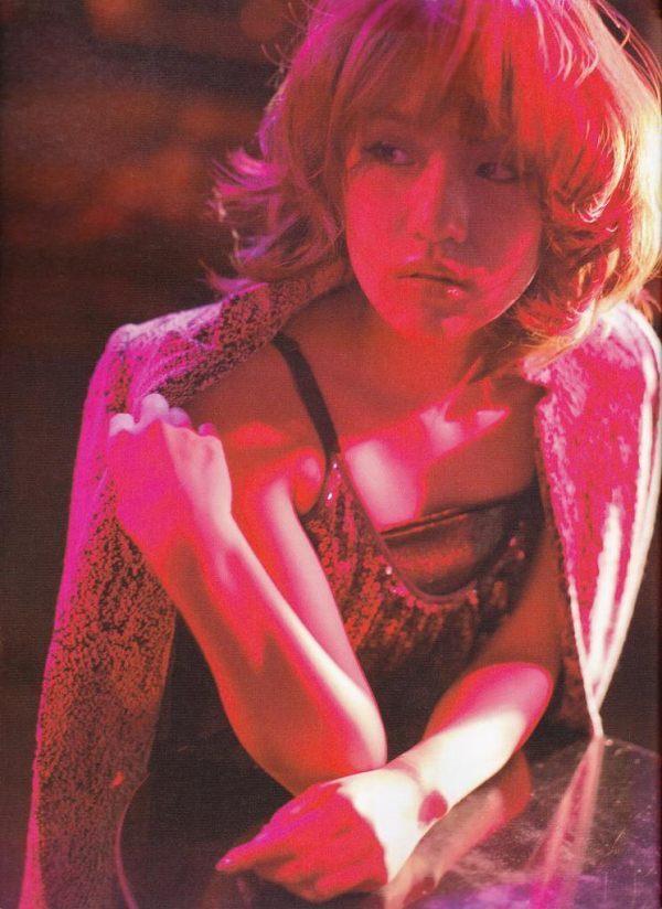 【高橋みなみお宝画像】元AKB48アイドルが現役だった頃の可愛らしいグラビアの数々 14