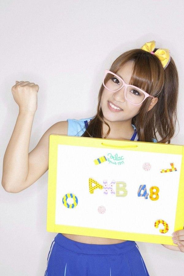 【高橋みなみお宝画像】元AKB48アイドルが現役だった頃の可愛らしいグラビアの数々 32