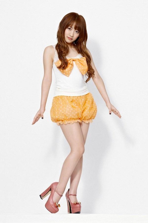 【高橋みなみお宝画像】元AKB48アイドルが現役だった頃の可愛らしいグラビアの数々 35