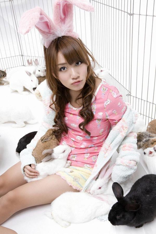 【高橋みなみお宝画像】元AKB48アイドルが現役だった頃の可愛らしいグラビアの数々 39