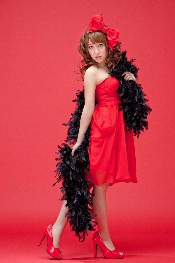 【高橋みなみお宝画像】元AKB48アイドルが現役だった頃の可愛らしいグラビアの数々 41