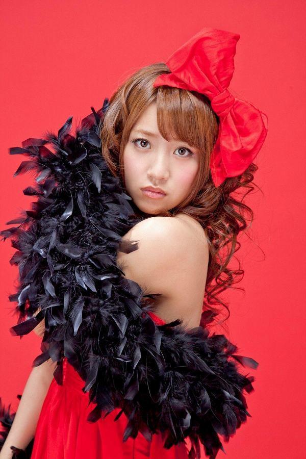 【高橋みなみお宝画像】元AKB48アイドルが現役だった頃の可愛らしいグラビアの数々 43