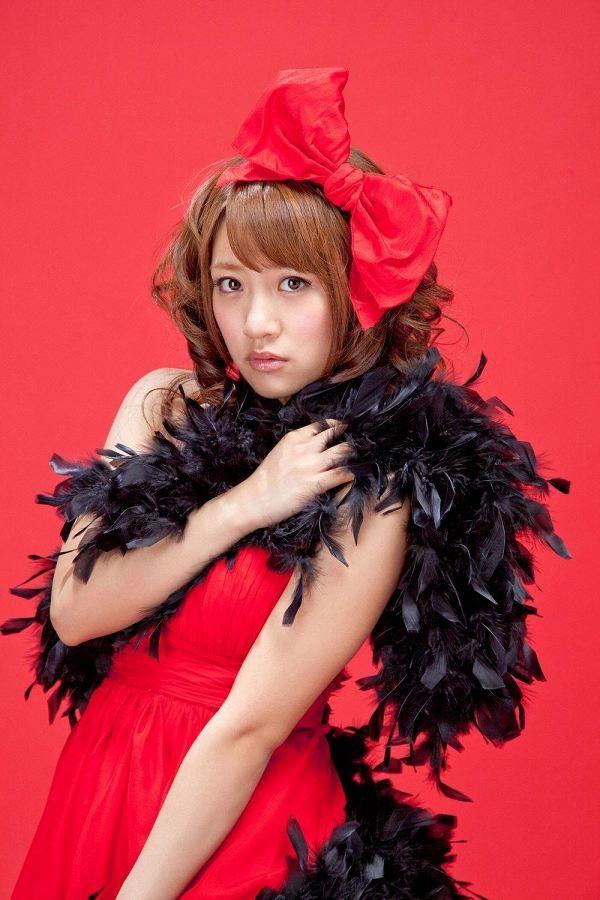 【高橋みなみお宝画像】元AKB48アイドルが現役だった頃の可愛らしいグラビアの数々 46