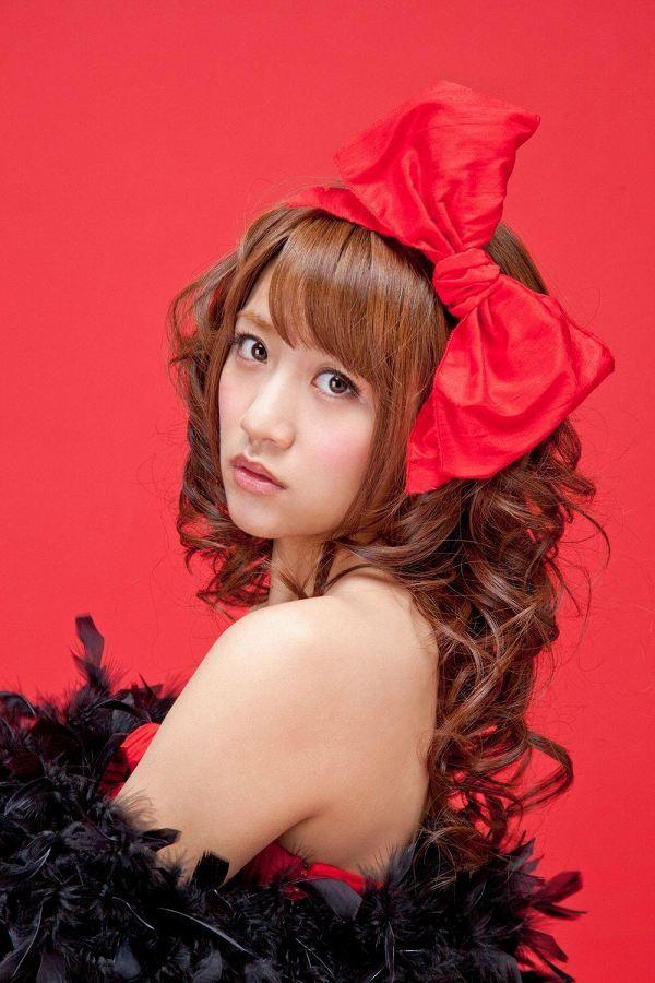 【高橋みなみお宝画像】元AKB48アイドルが現役だった頃の可愛らしいグラビアの数々 48