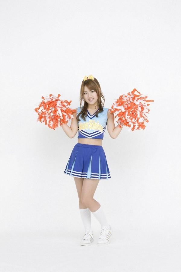 【高橋みなみお宝画像】元AKB48アイドルが現役だった頃の可愛らしいグラビアの数々 65