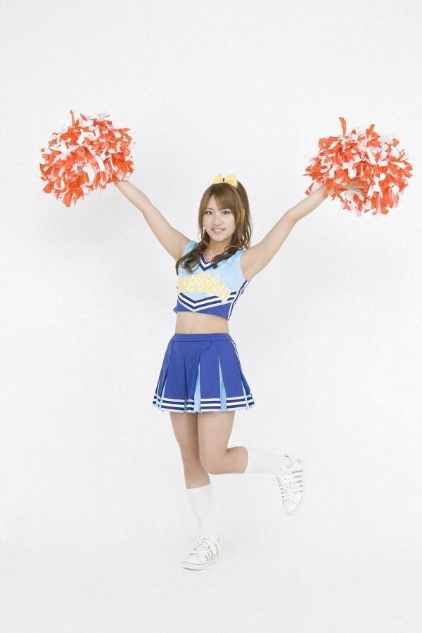 【高橋みなみお宝画像】元AKB48アイドルが現役だった頃の可愛らしいグラビアの数々 67