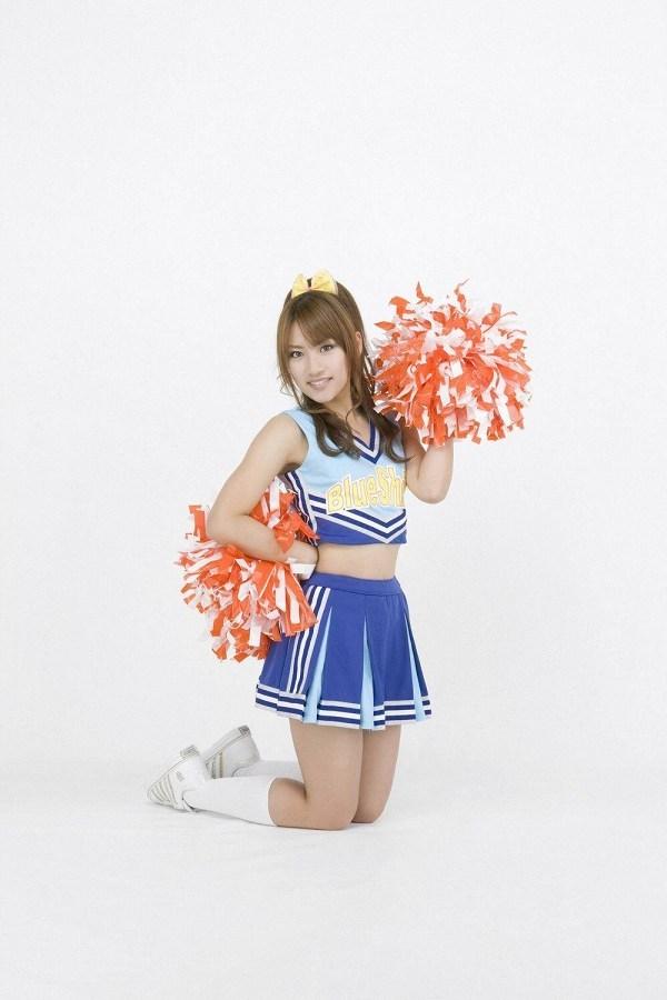 【高橋みなみお宝画像】元AKB48アイドルが現役だった頃の可愛らしいグラビアの数々 68