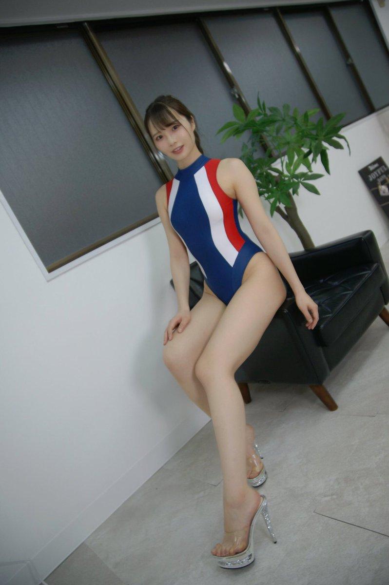 【佐野水柚エロ画像】Gカップ巨乳とクビレた腰の落差がエロいスタイル抜群美女 07