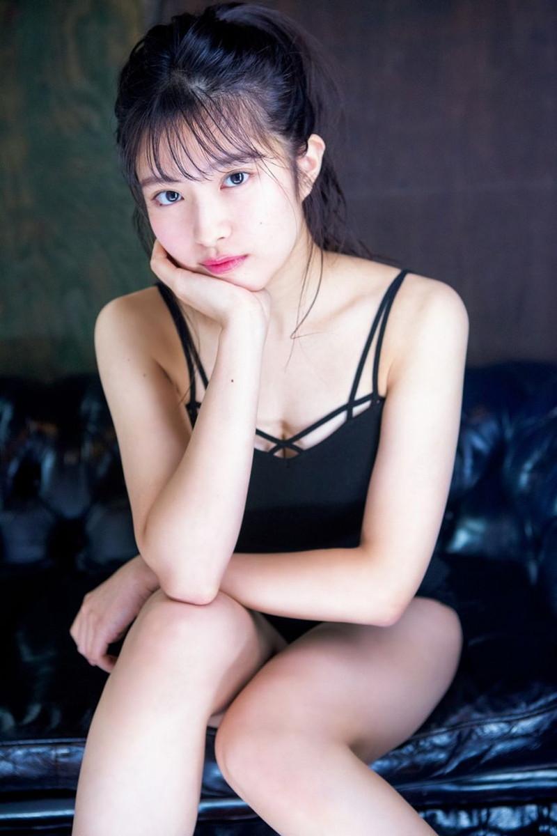 【チーム8お宝画像】AKB系アイドルの谷間やパンチラ寸前のちょいエロな写真 27