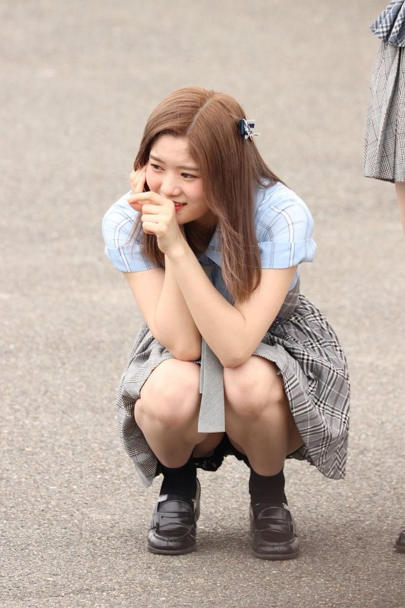 【チーム8お宝画像】AKB系アイドルの谷間やパンチラ寸前のちょいエロな写真 35