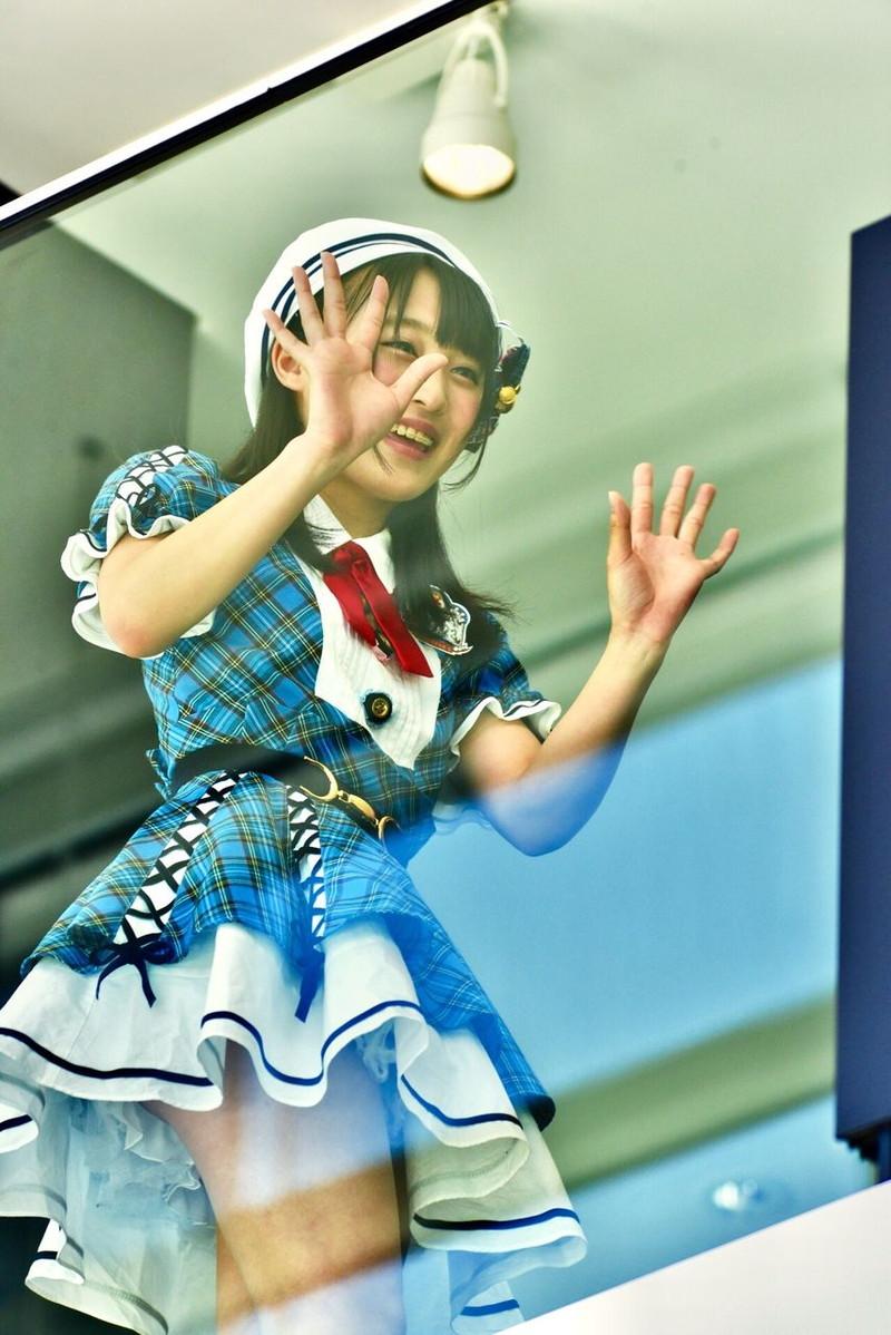 【チーム8お宝画像】AKB系アイドルの谷間やパンチラ寸前のちょいエロな写真 48