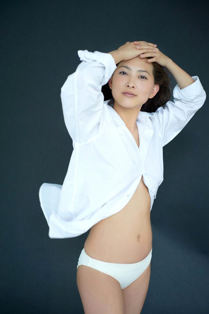 【谷村美月お宝画像】NHK連ドラがデビューという輝かしい経歴を持つ女優のエロ画像 12