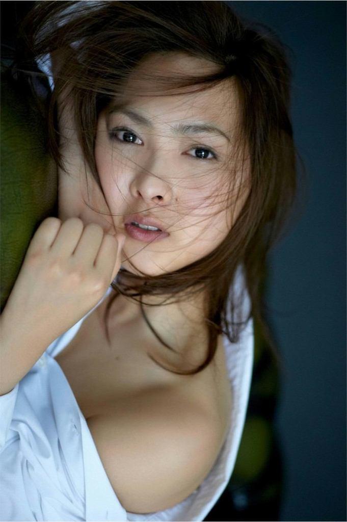 【谷村美月お宝画像】NHK連ドラがデビューという輝かしい経歴を持つ女優のエロ画像 13