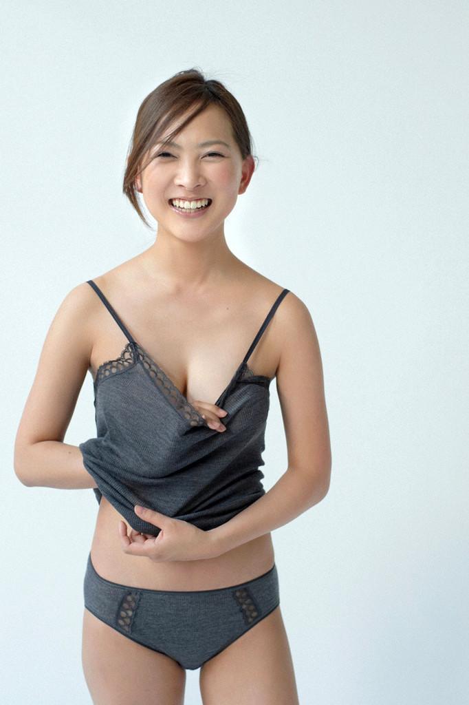 【谷村美月お宝画像】NHK連ドラがデビューという輝かしい経歴を持つ女優のエロ画像 17