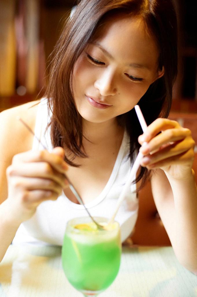 【谷村美月お宝画像】NHK連ドラがデビューという輝かしい経歴を持つ女優のエロ画像 23