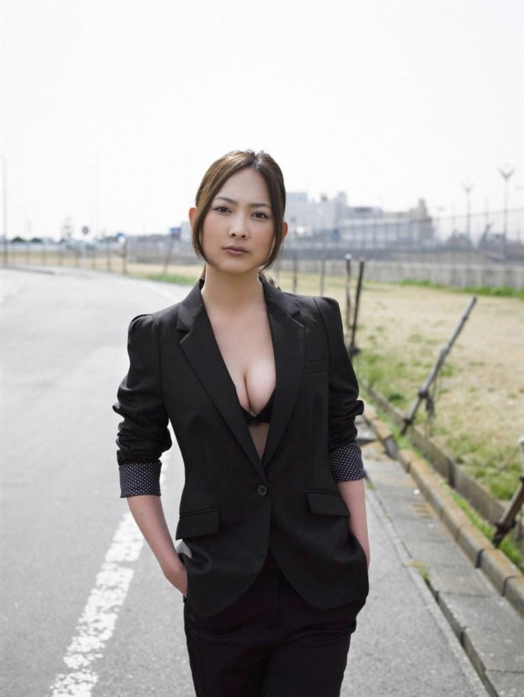 【谷村美月お宝画像】NHK連ドラがデビューという輝かしい経歴を持つ女優のエロ画像 27