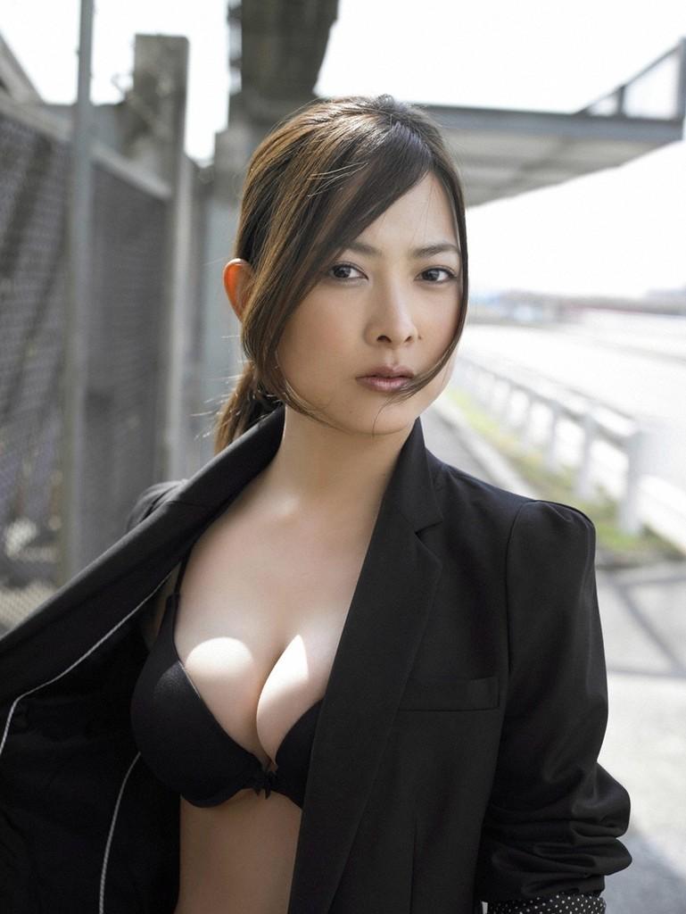 【谷村美月お宝画像】NHK連ドラがデビューという輝かしい経歴を持つ女優のエロ画像 30