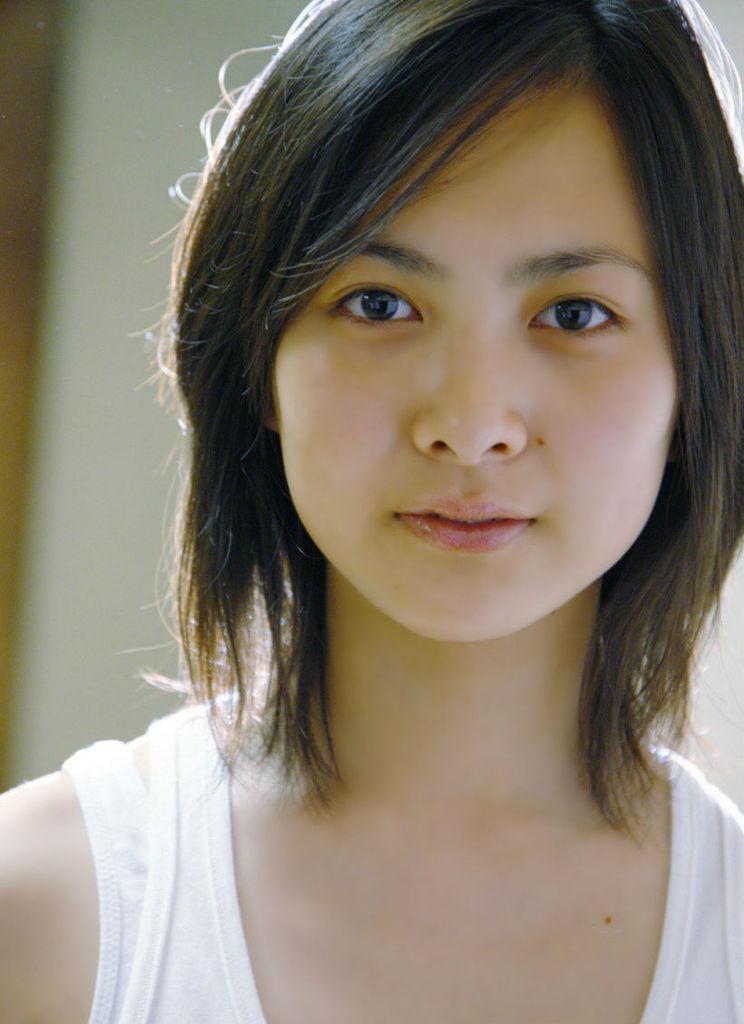 【谷村美月お宝画像】NHK連ドラがデビューという輝かしい経歴を持つ女優のエロ画像 31