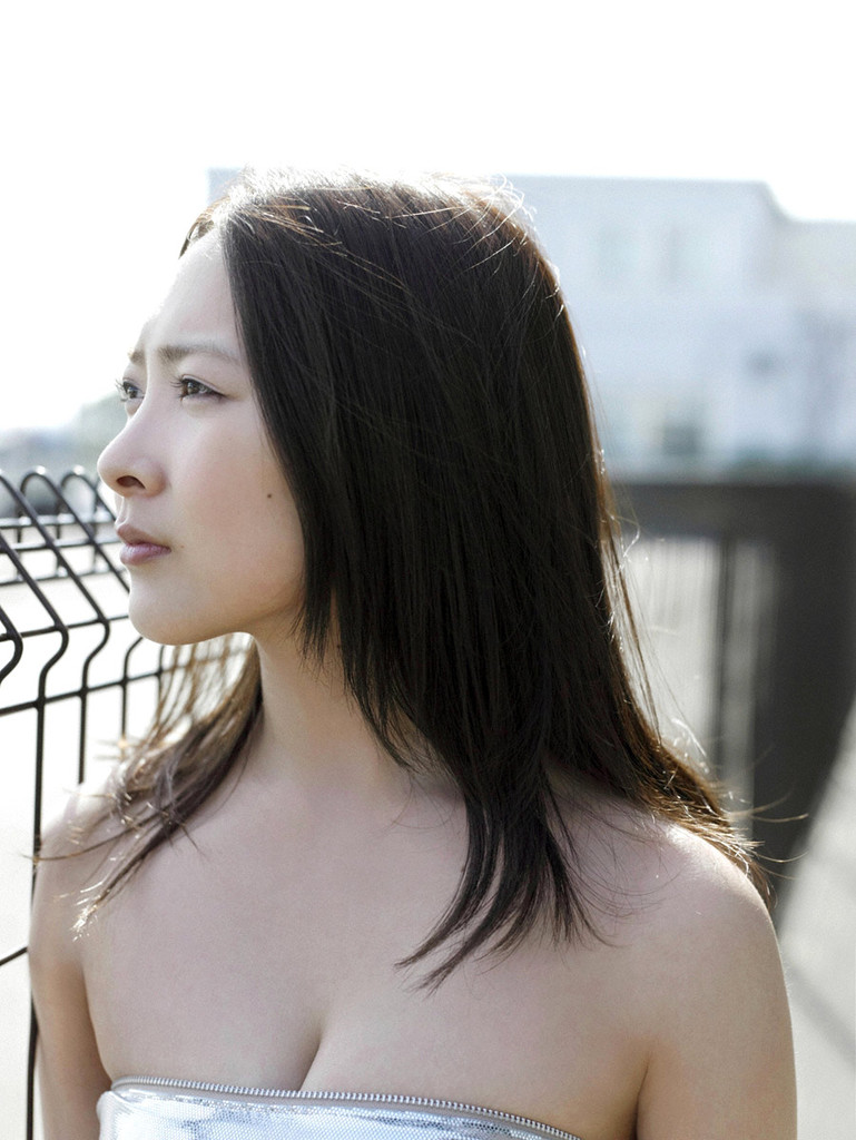 【谷村美月お宝画像】NHK連ドラがデビューという輝かしい経歴を持つ女優のエロ画像 44