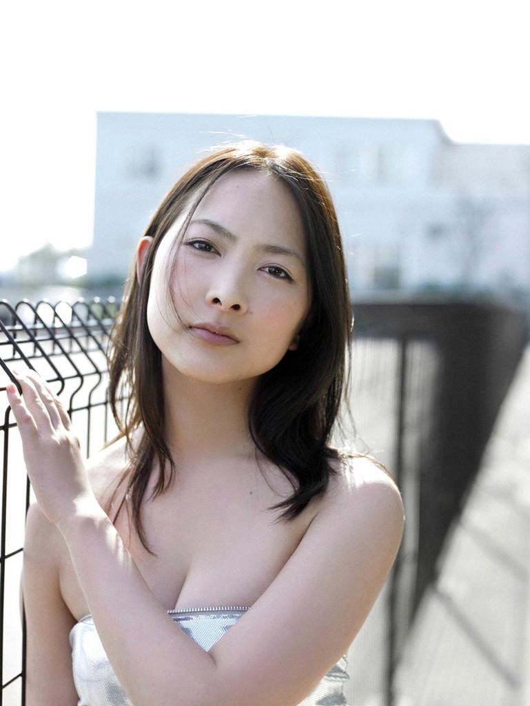 【谷村美月お宝画像】NHK連ドラがデビューという輝かしい経歴を持つ女優のエロ画像 45