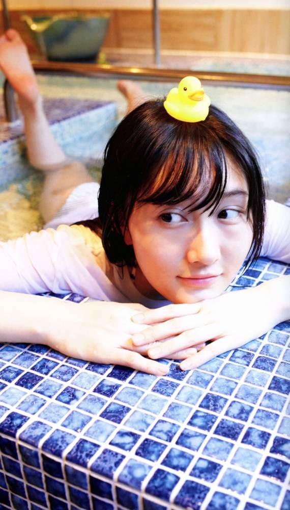 【矢倉楓子グラビア画像】元アイドルだけど意外とヌードまで披露してたんだなw 59