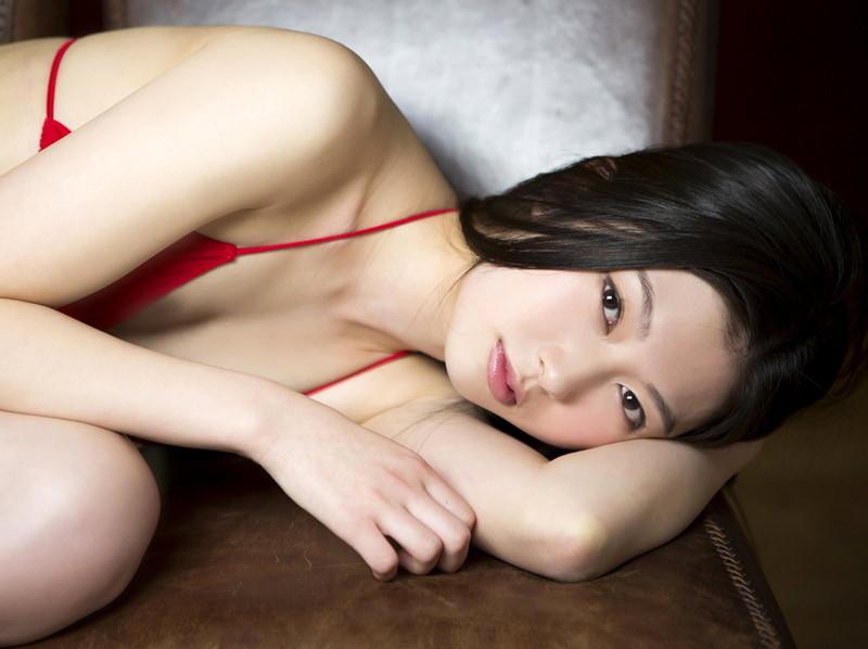 【橘麗美グラビア画像】色白スレンダーボディが綺麗でエロいグラドル美女の現在は?