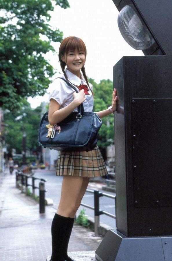 【新垣里沙グラビア画像】昭和生まれモーニング娘アイドルのビキニ水着! 27