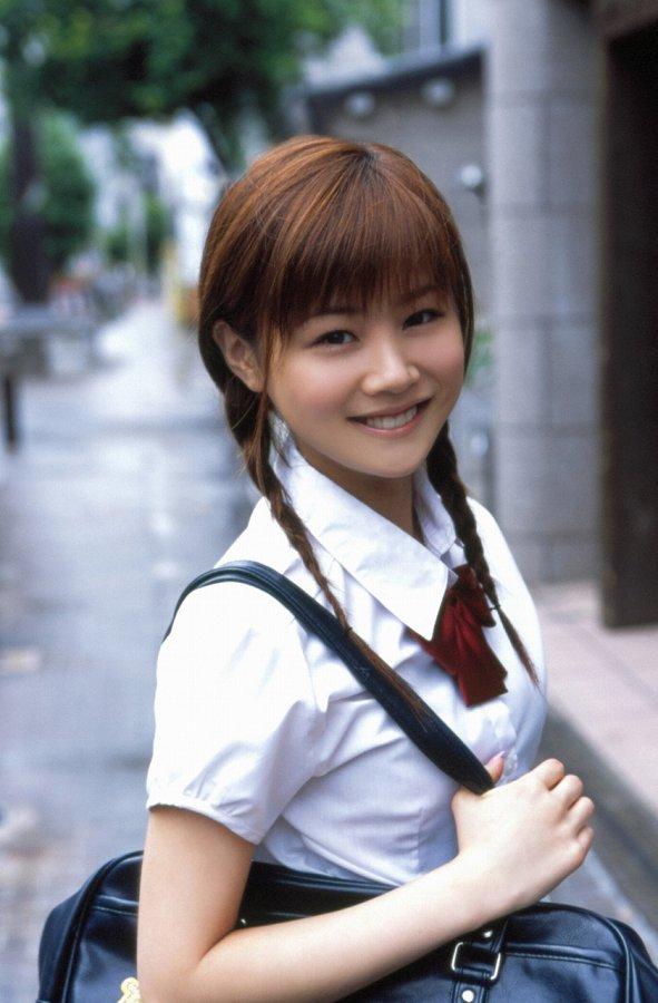 【新垣里沙グラビア画像】昭和生まれモーニング娘アイドルのビキニ水着! 31