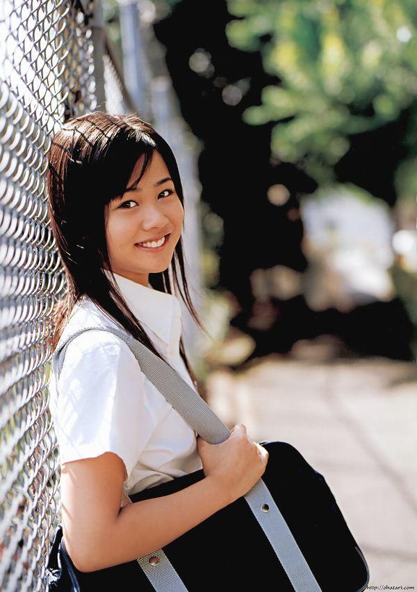 【新垣里沙グラビア画像】昭和生まれモーニング娘アイドルのビキニ水着! 33