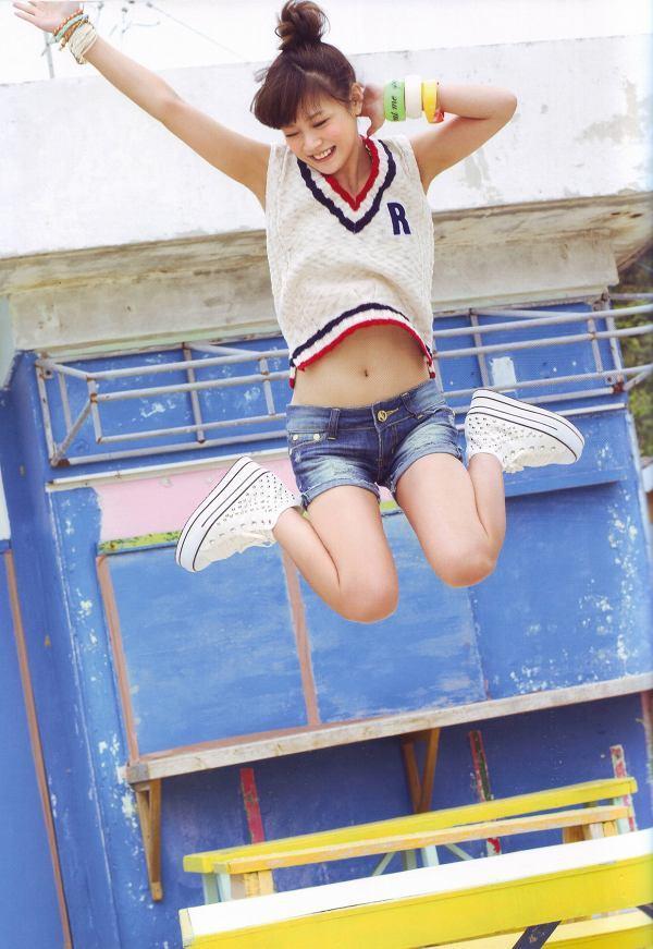 【新垣里沙グラビア画像】昭和生まれモーニング娘アイドルのビキニ水着! 53