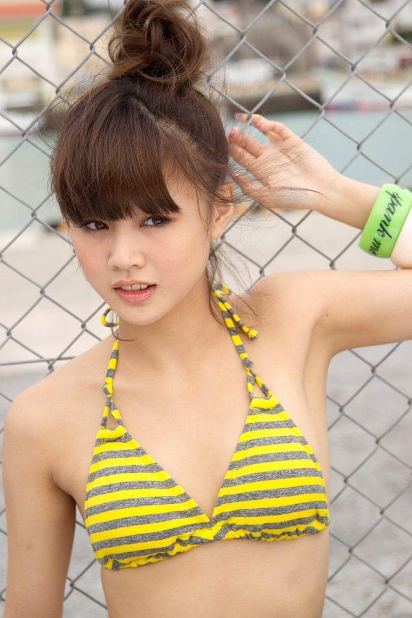 【新垣里沙グラビア画像】昭和生まれモーニング娘アイドルのビキニ水着! 55