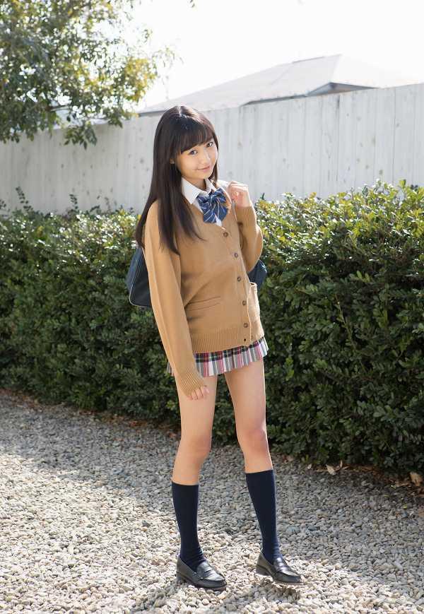【西野花恋グラビア画像】引き締まったスレンダーボディがエロい美少女 05