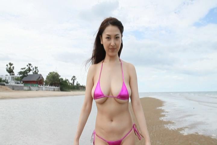 【中川朋美エロ画像】Jカップとかいうメートル超え爆乳女のマンスジ写真wwww 12