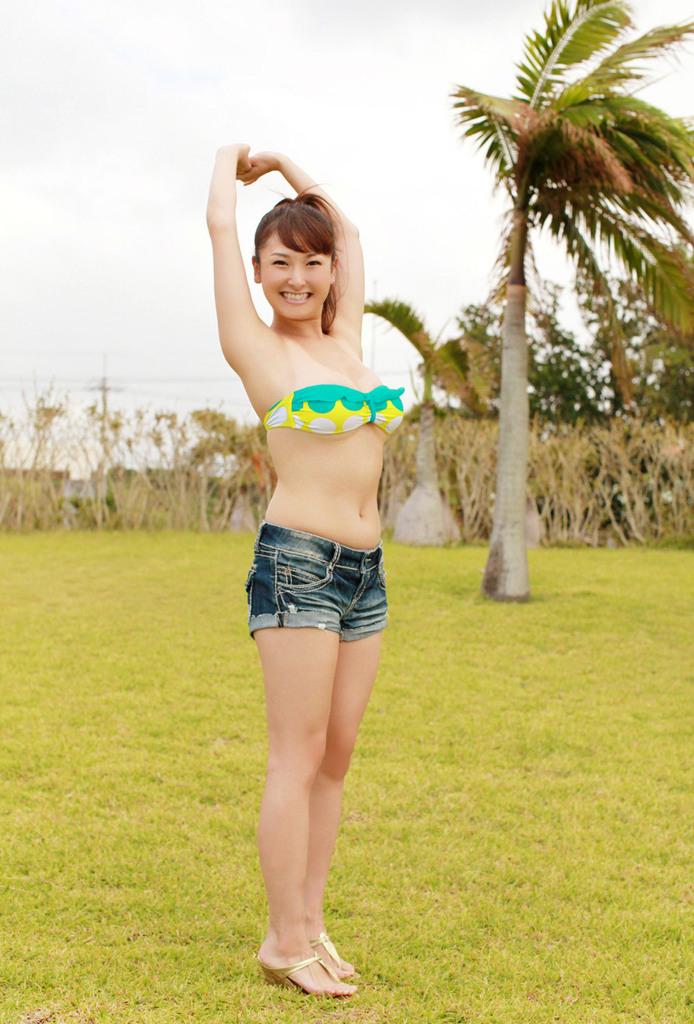 【中川朋美エロ画像】Jカップとかいうメートル超え爆乳女のマンスジ写真wwww 26