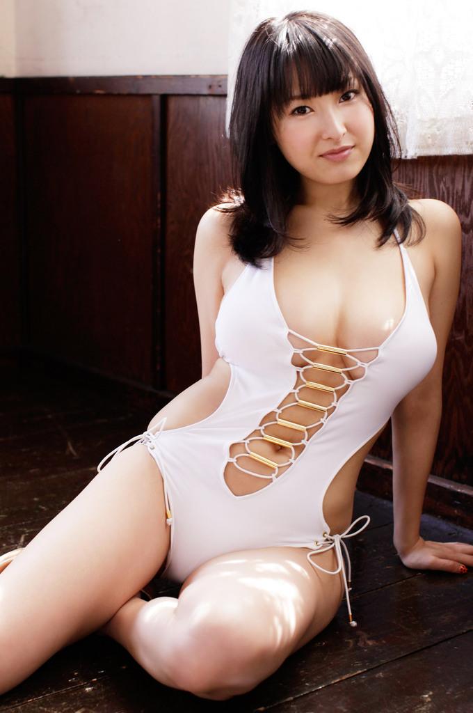 【中川朋美エロ画像】Jカップとかいうメートル超え爆乳女のマンスジ写真wwww 53