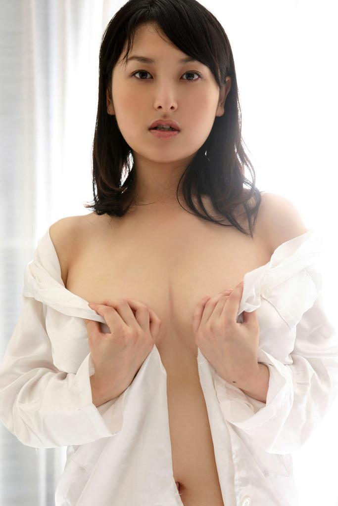 【中川朋美エロ画像】Jカップとかいうメートル超え爆乳女のマンスジ写真wwww 73