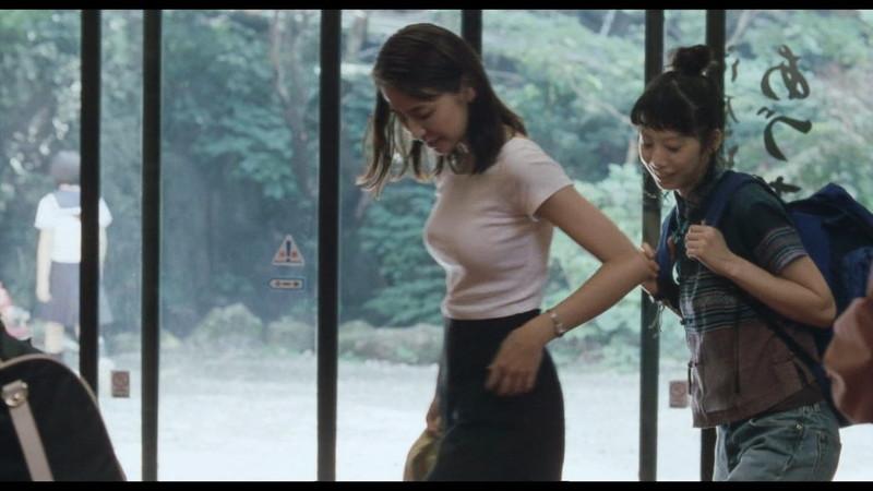 【長澤まさみお宝画像】テレビでエロくてシコれるオッパイの形を見せちゃったw 32