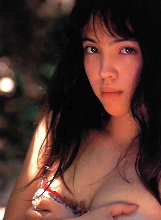 【永井流奈グラビア画像】あのミニスカポリスに現役JKで任命された美少女 16