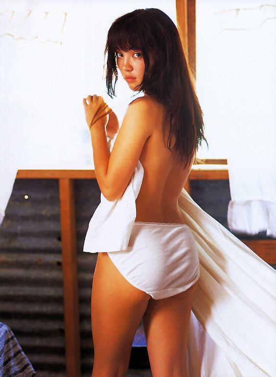 【永井流奈グラビア画像】あのミニスカポリスに現役JKで任命された美少女 32