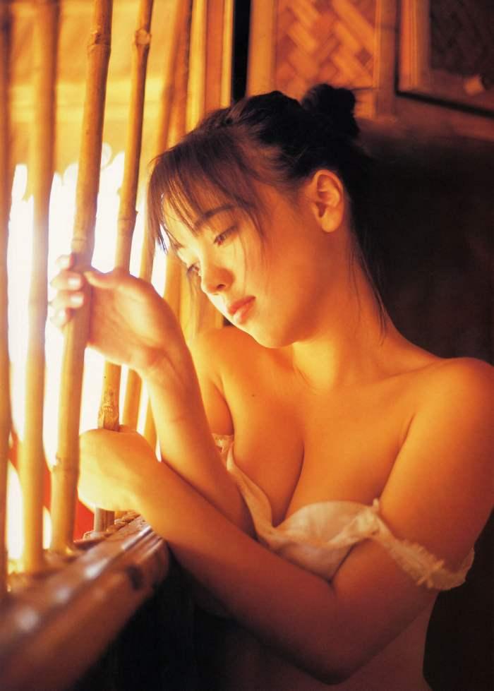 【永井流奈グラビア画像】あのミニスカポリスに現役JKで任命された美少女 46