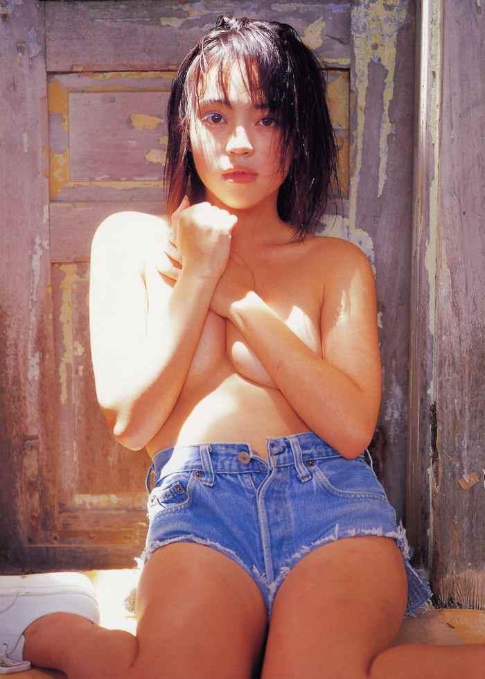 【永井流奈グラビア画像】あのミニスカポリスに現役JKで任命された美少女 49