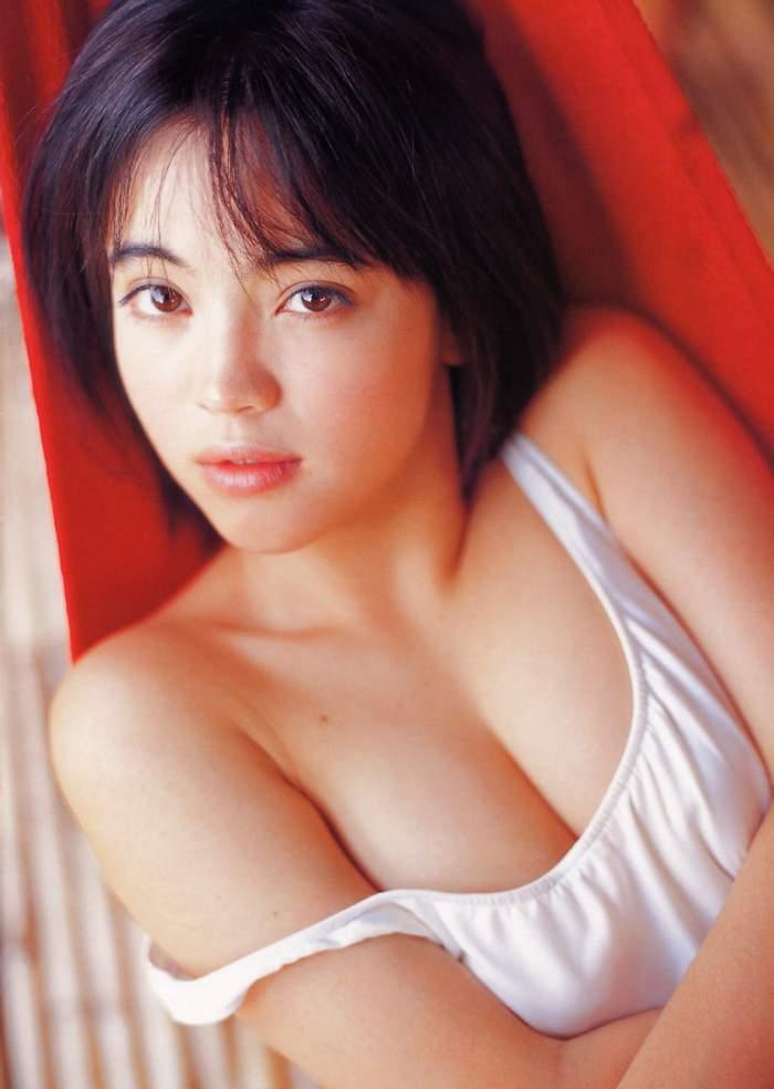 【永井流奈グラビア画像】あのミニスカポリスに現役JKで任命された美少女 61
