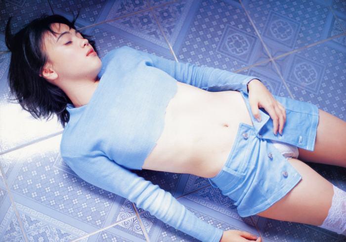 【永井流奈グラビア画像】あのミニスカポリスに現役JKで任命された美少女 77