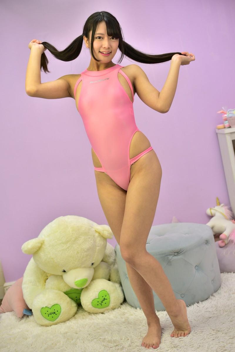 【花宮すずかエロ画像】デビューでいきなり全裸同然の水着で出てきた新人グラドル! 11