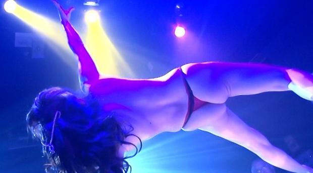 【江口ナオお宝画像】グラビアやテレビドラマで惜しげもなく巨乳を晒すエロ女優 06