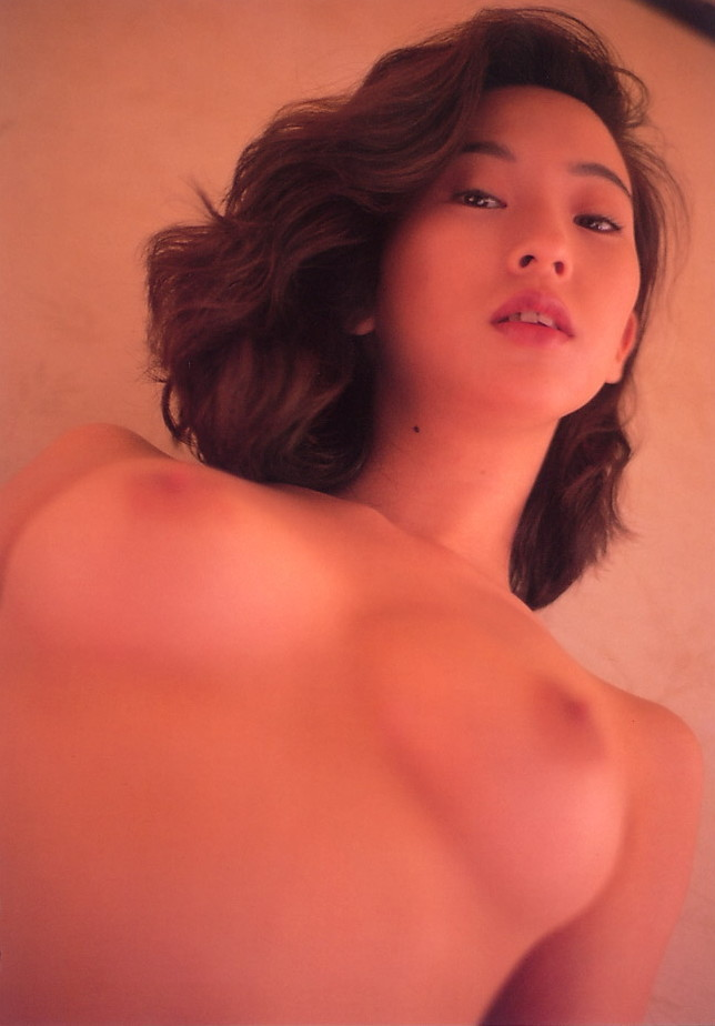 【江口ナオお宝画像】グラビアやテレビドラマで惜しげもなく巨乳を晒すエロ女優 61