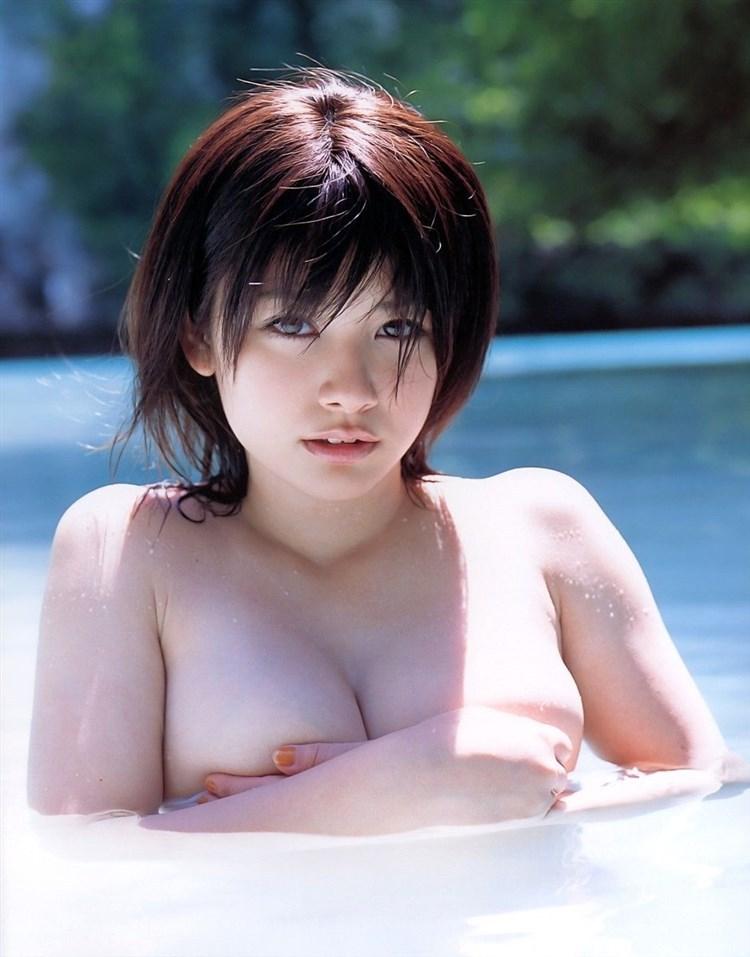 【中島愛里グラビア画像】ギャル系のキュートさとGカップ巨乳ボディでエロカワ! 72