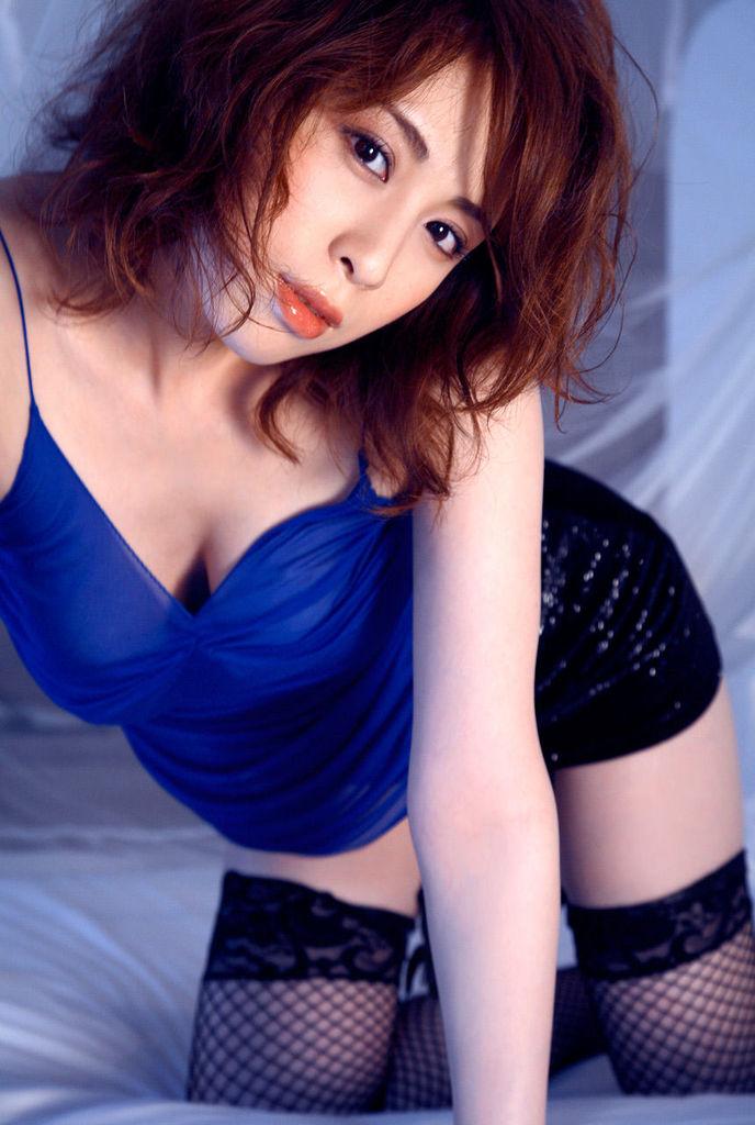 【雛形あきこお宝画像】めちゃイケメンバーの巨乳女優が昔はグラドルもやってた件 17