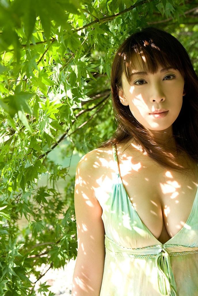 【雛形あきこお宝画像】めちゃイケメンバーの巨乳女優が昔はグラドルもやってた件 34