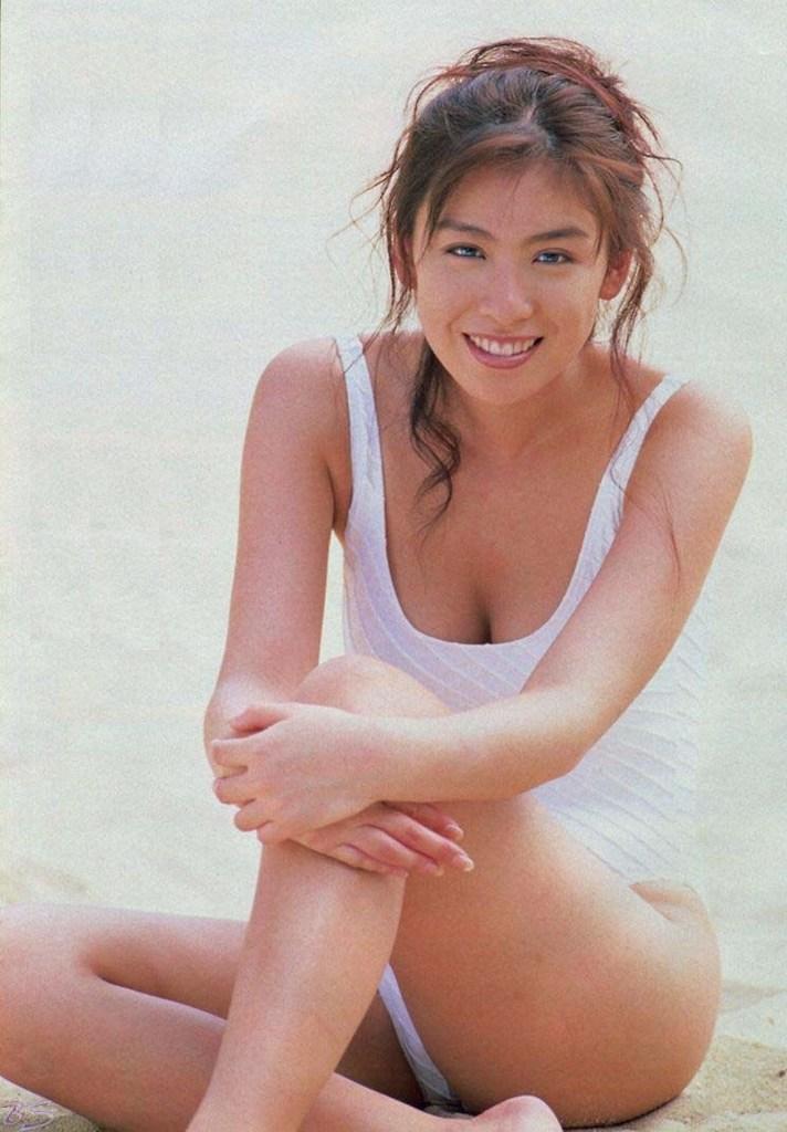 【雛形あきこお宝画像】めちゃイケメンバーの巨乳女優が昔はグラドルもやってた件 50